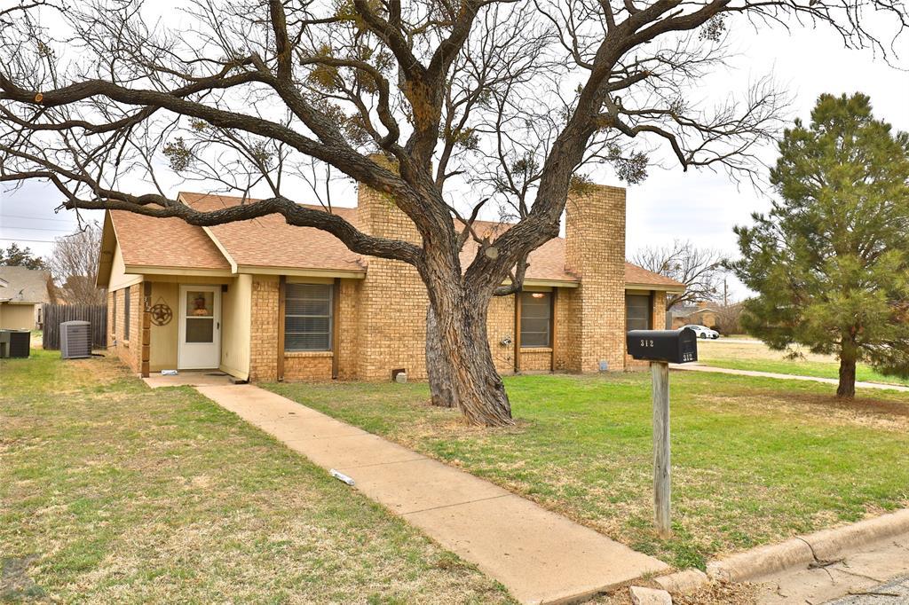 310 Somerset Place, Abilene, Texas 79601 - Acquisto Real Estate best frisco realtor Amy Gasperini 1031 exchange expert