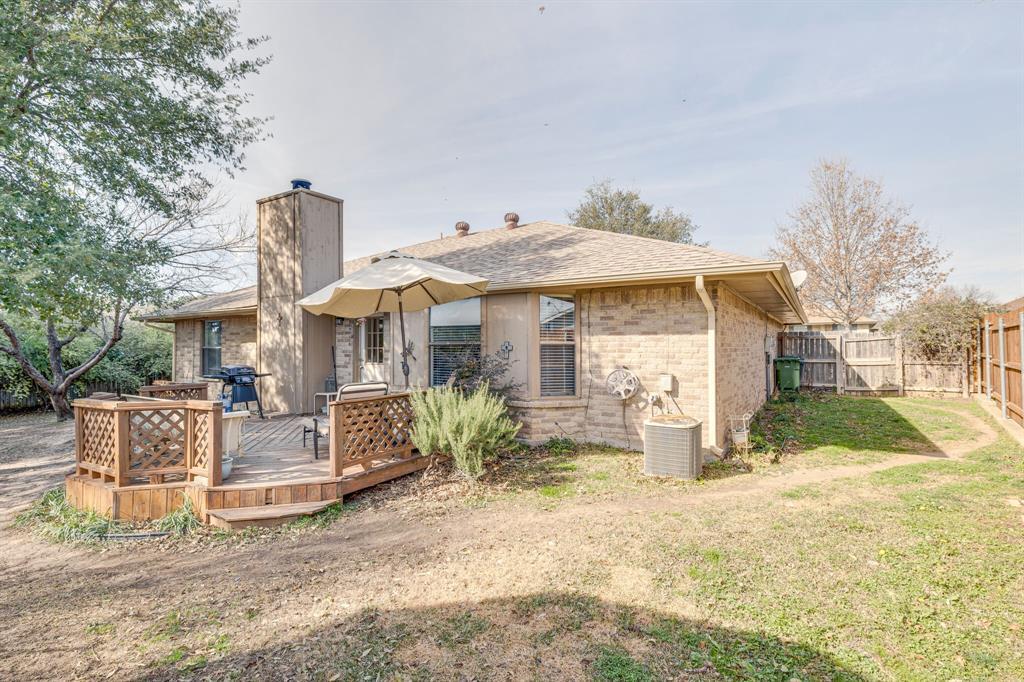 6824 Stillmeadows Circle, North Richland Hills, Texas 76182 - acquisto real estate best photo company frisco 3d listings