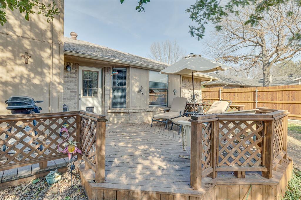 6824 Stillmeadows Circle, North Richland Hills, Texas 76182 - acquisto real estate best listing photos hannah ewing mckinney real estate expert