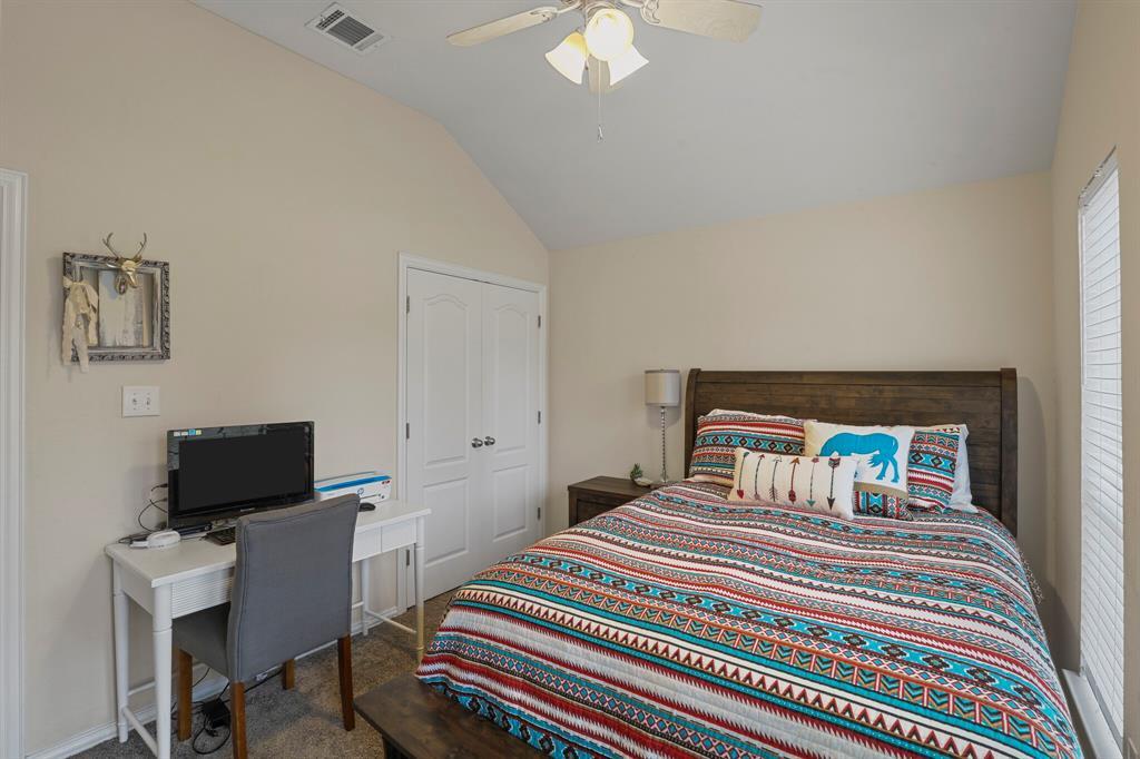 409 Meadowcrest Drive, Azle, Texas 76020 - acquisto real estate best negotiating realtor linda miller declutter realtor