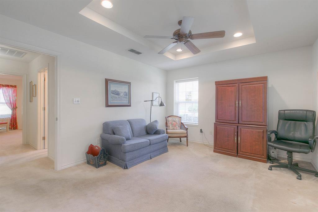 6510 Circo Drive, Granbury, Texas 76049 - acquisto real estate best listing photos hannah ewing mckinney real estate expert