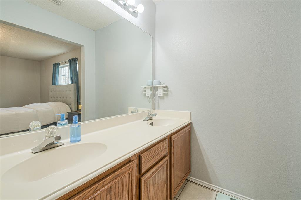 4545 Posada Drive, Dallas, Texas 75211 - acquisto real estate best investor home specialist mike shepherd relocation expert