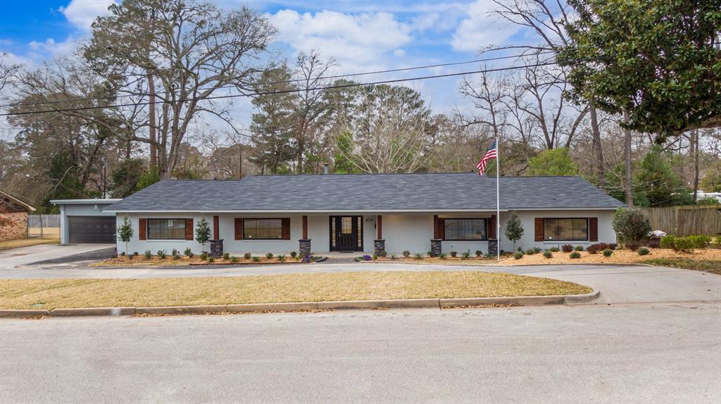 3623 Wynnewood Drive, Tyler, Texas 75701 - acquisto real estate best plano real estate agent mike shepherd