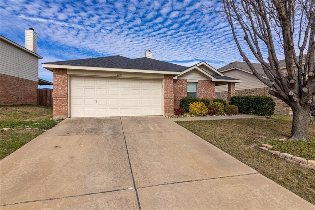 4860 Parkview Hills Lane, Fort Worth, Texas 76179 - acquisto real estate best the colony realtor linda miller the bridges real estate