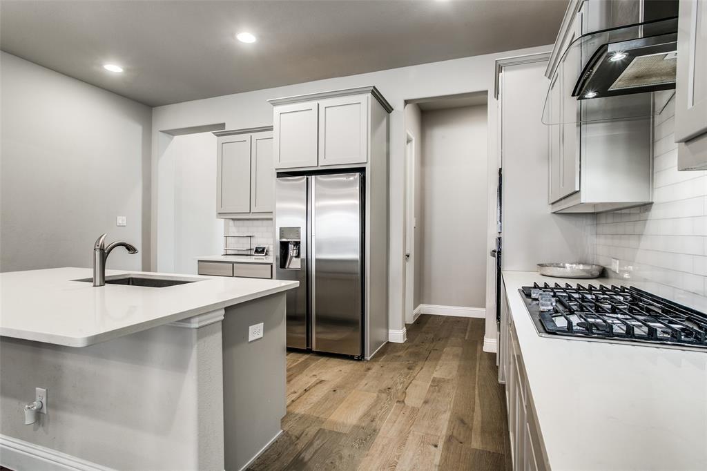 3433 Begonia Lane, Irving, Texas 75038 - acquisto real estate best new home sales realtor linda miller executor real estate