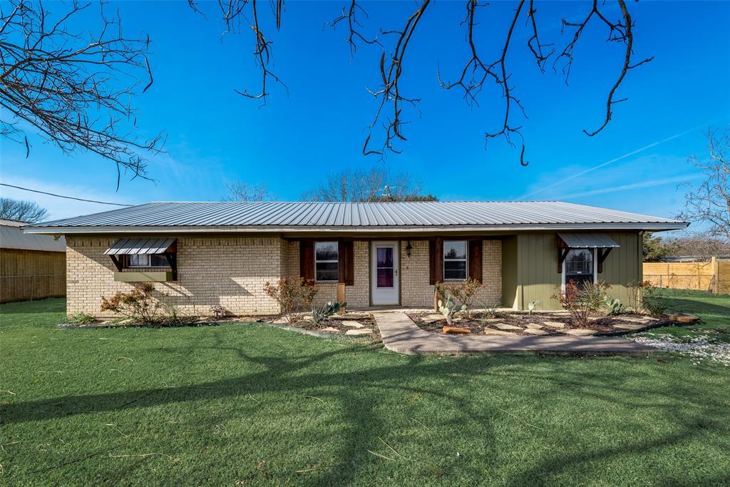 104 Buchanan Boulevard, Corsicana, Texas 75110 - Acquisto Real Estate best plano realtor mike Shepherd home owners association expert