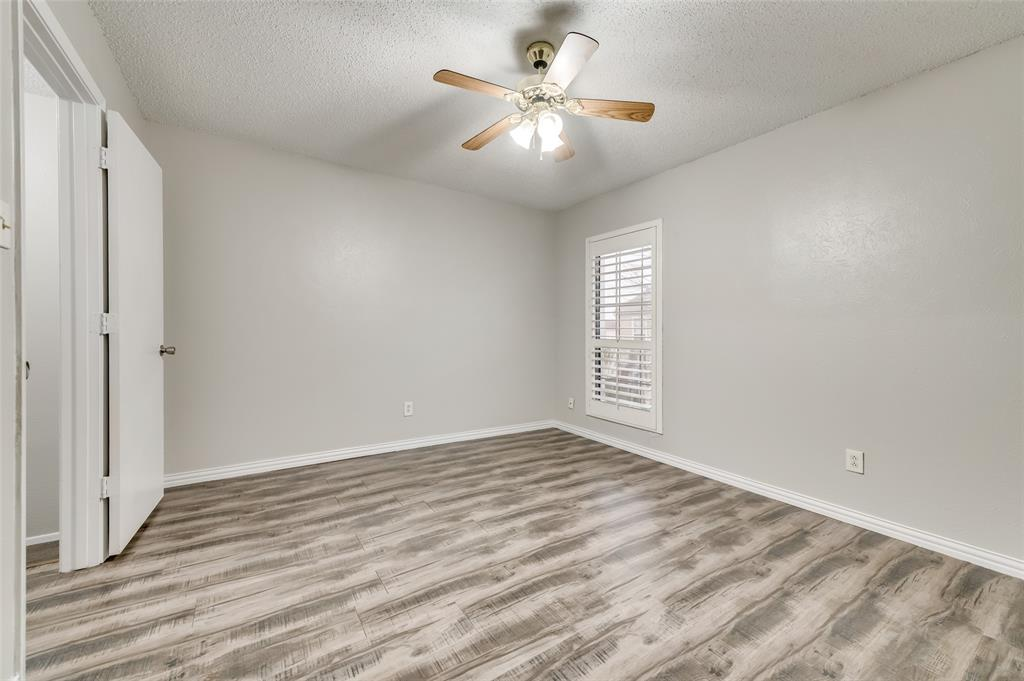 633 Carriagehouse  Lane, Garland, Texas 75040 - acquisto real estate best real estate company to work for