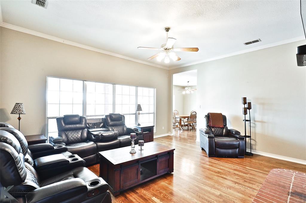 8541 Saddle Creek Road, Abilene, Texas 79602 - acquisto real estate best highland park realtor amy gasperini fast real estate service