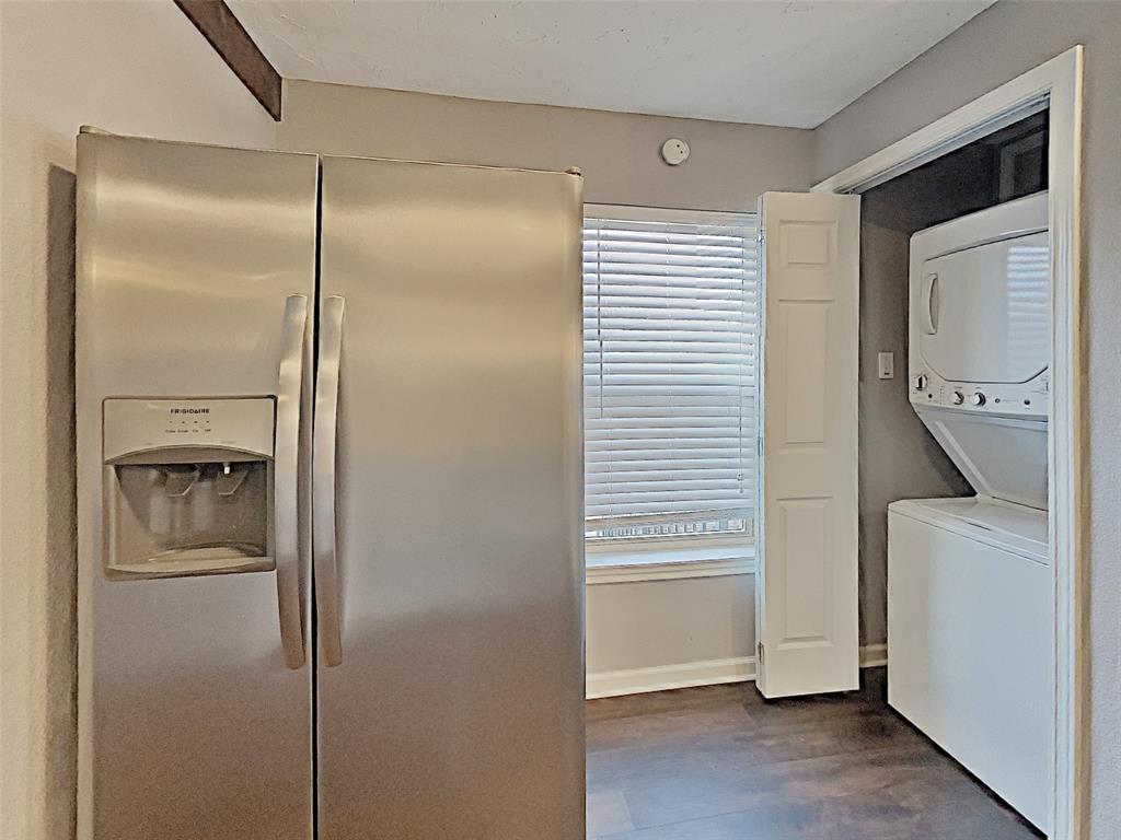 2712 Mission Street, Fort Worth, Texas 76109 - acquisto real estate best allen realtor kim miller hunters creek expert