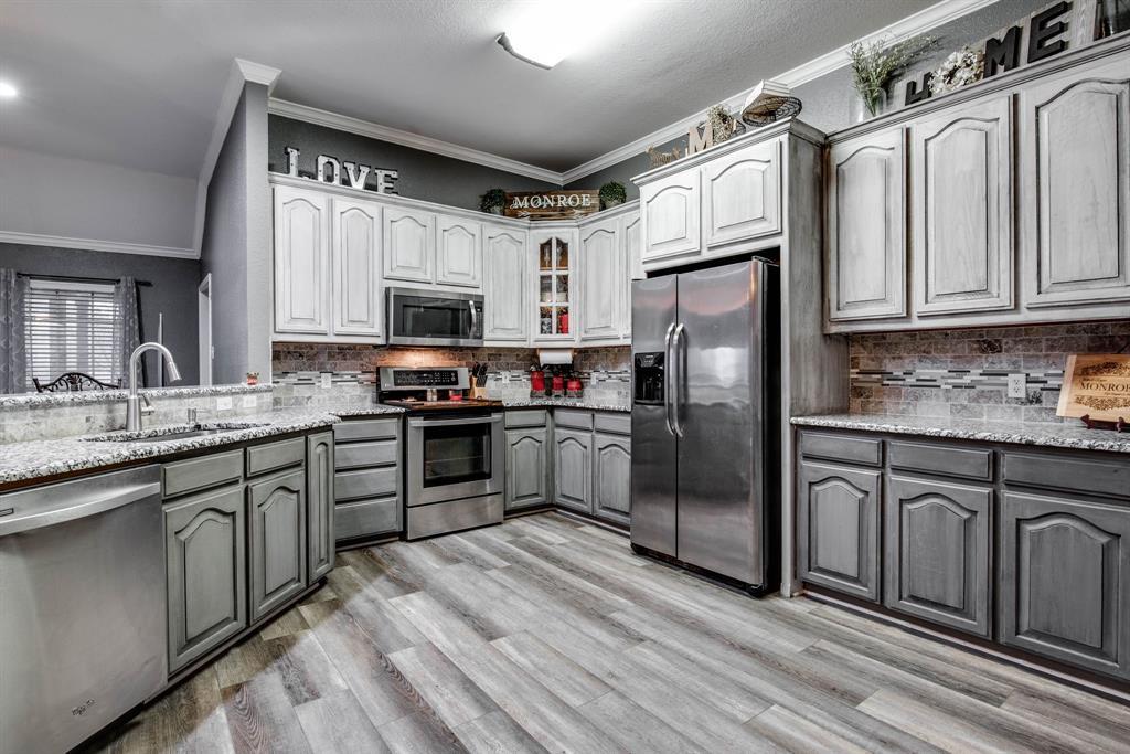 305 Blackmon Trail, Bells, Texas 75414 - acquisto real estate best luxury buyers agent in texas shana acquisto inheritance realtor