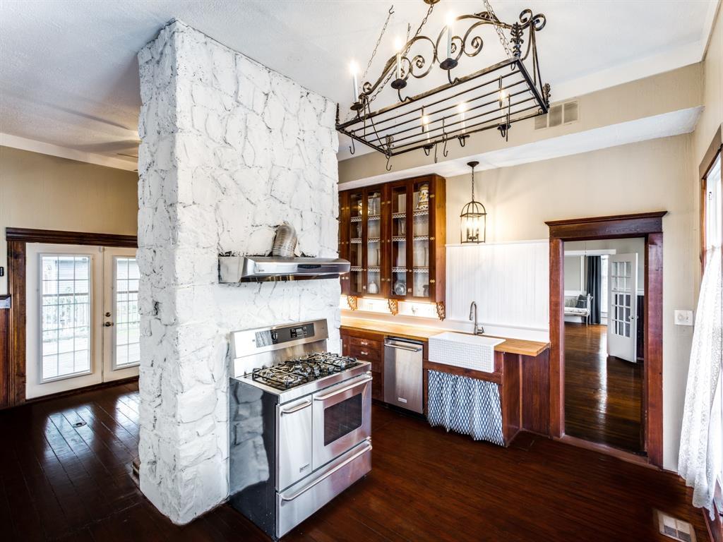 601 Parker Street, McKinney, Texas 75069 - acquisto real estate best designer and realtor hannah ewing kind realtor