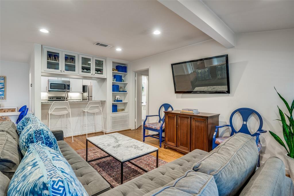4231 Travis Street, Dallas, Texas 75205 - acquisto real estate best highland park realtor amy gasperini fast real estate service