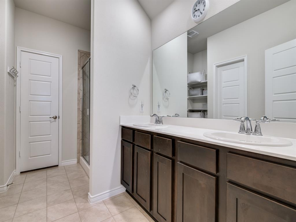 2369 Rosaline Drive, Little Elm, Texas 76227 - acquisto real estate best frisco real estate broker in texas for high net worth buyers