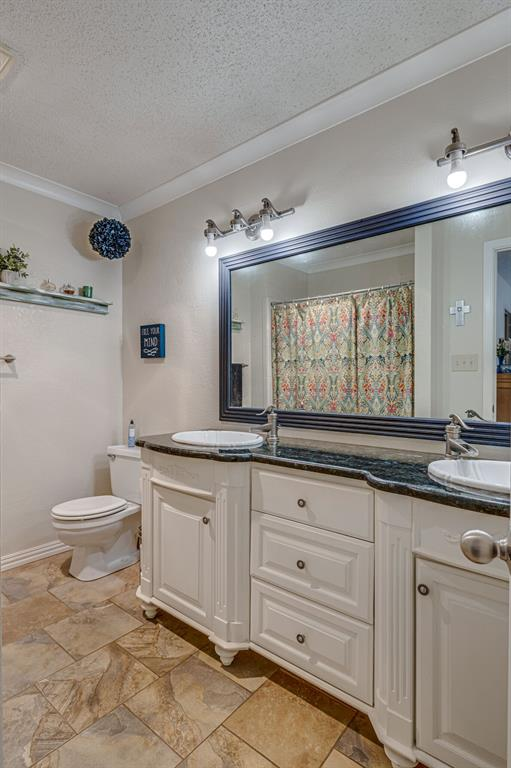 6824 Stillmeadows Circle, North Richland Hills, Texas 76182 - acquisto real estate best photos for luxury listings amy gasperini quick sale real estate