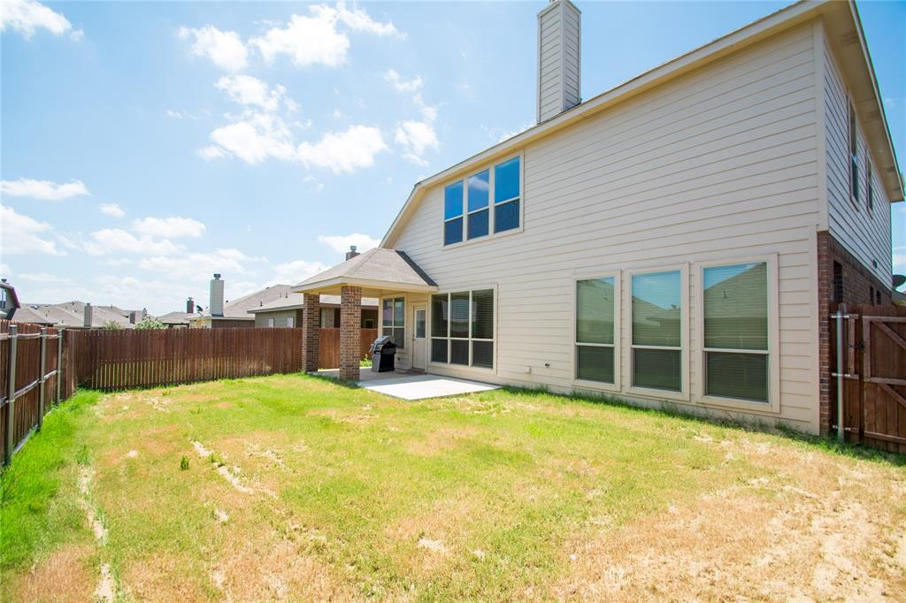 2929 Maple Creek Drive, Fort Worth, Texas 76177 - acquisto real estate best realtor westlake susan cancemi kind realtor of the year