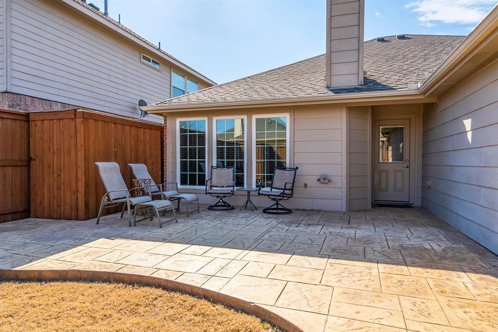 5904 Saddle Club Trail, McKinney, Texas 75070 - acquisto real estate best plano real estate agent mike shepherd