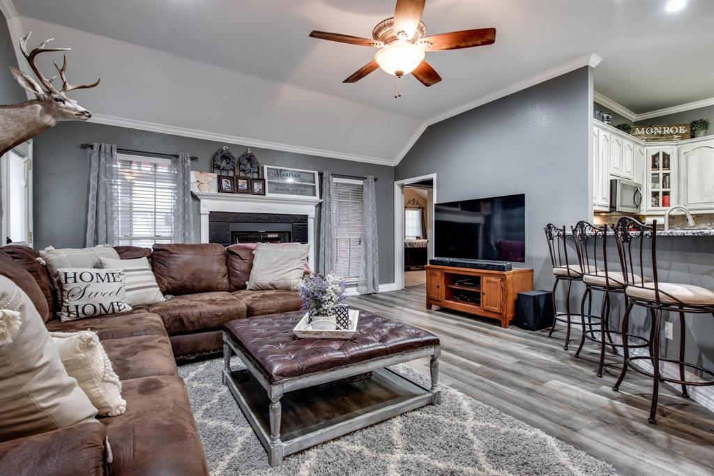 305 Blackmon Trail, Bells, Texas 75414 - acquisto real estate best flower mound realtor jody daley lake highalands agent of the year