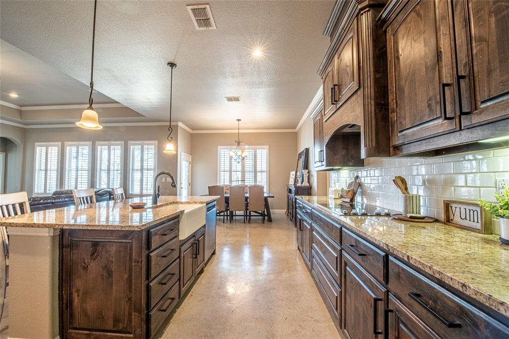 103 Bishop Drive, Weatherford, Texas 76088 - acquisto real estate best luxury buyers agent in texas shana acquisto inheritance realtor