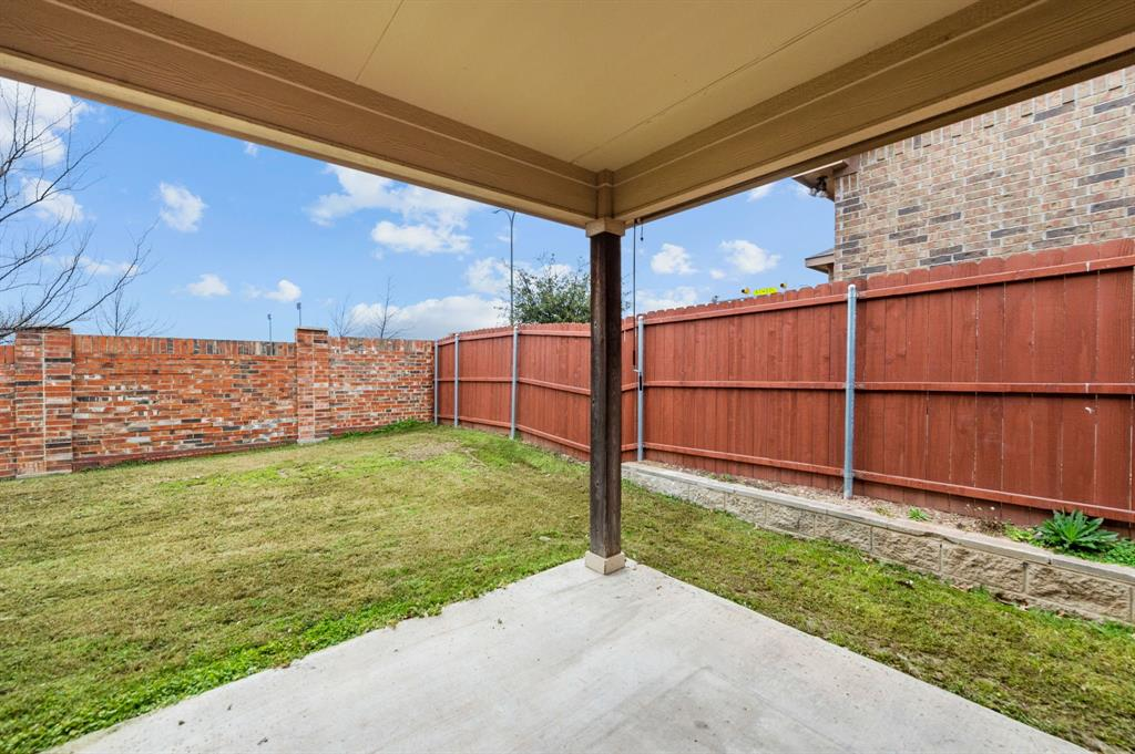 3320 Lone Tree Lane, Fort Worth, Texas 76244 - acquisto real estate best negotiating realtor linda miller declutter realtor