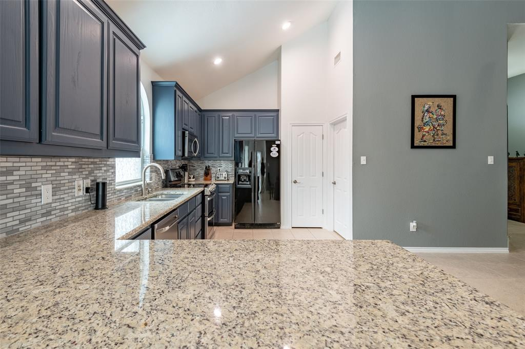 9736 Burwell  Drive, Fort Worth, Texas 76244 - acquisto real estate best celina realtor logan lawrence best dressed realtor