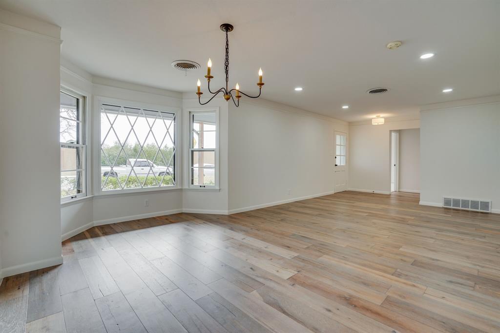400 Plainview Drive, Hurst, Texas 76054 - acquisto real estate best highland park realtor amy gasperini fast real estate service