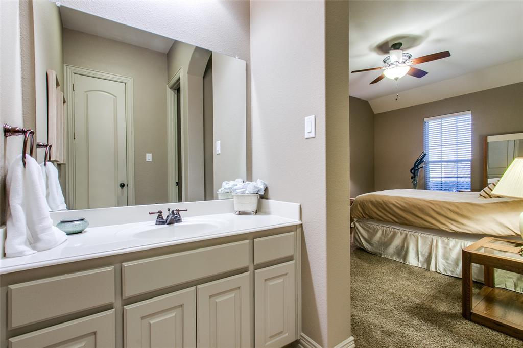 2246 Veranda Avenue, Trophy Club, Texas 76262 - acquisto real estate best realtor dallas texas linda miller agent for cultural buyers