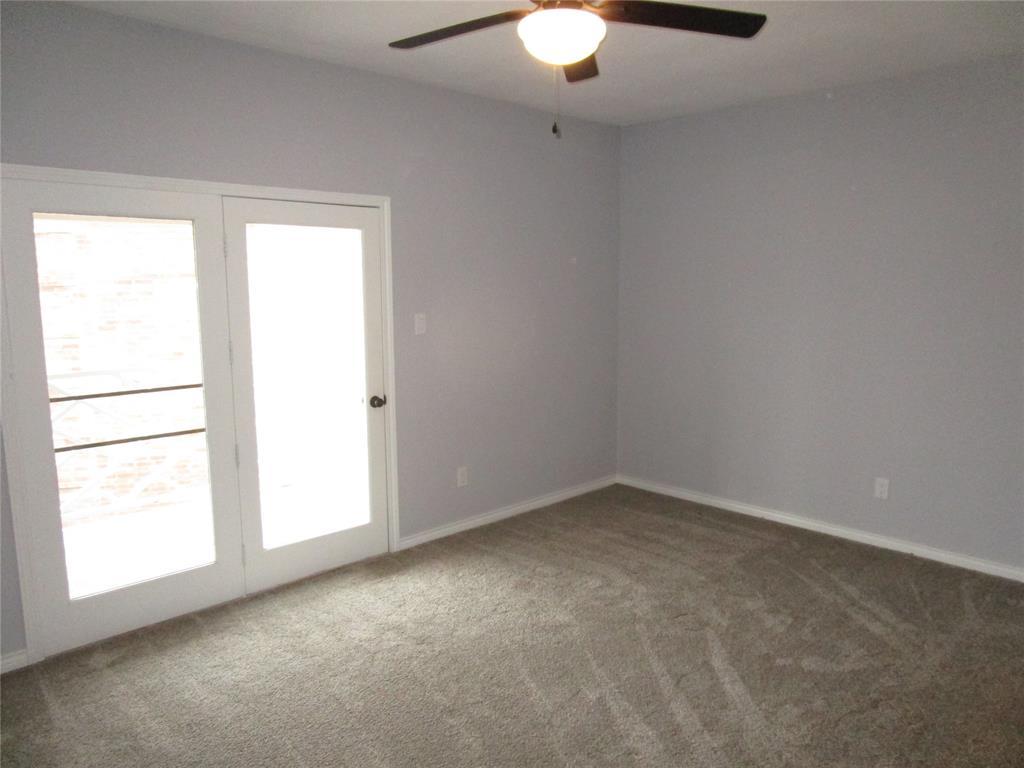 8511 Westover Court, Granbury, Texas 76049 - acquisto real estate best celina realtor logan lawrence best dressed realtor