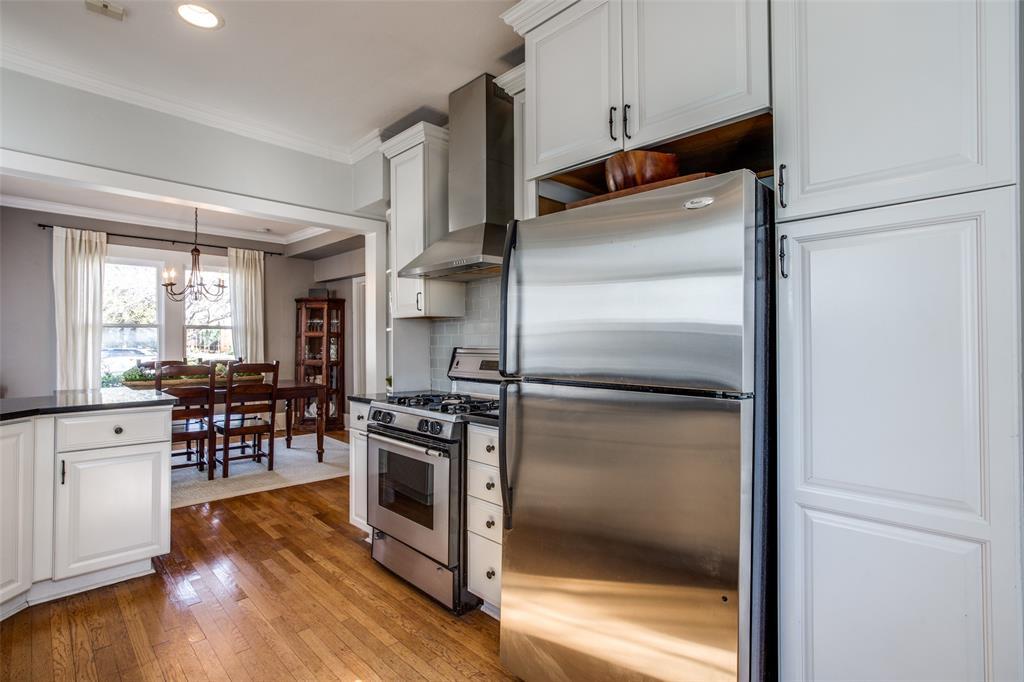5338 Vanderbilt Avenue, Dallas, Texas 75206 - acquisto real estate best listing agent in the nation shana acquisto estate realtor