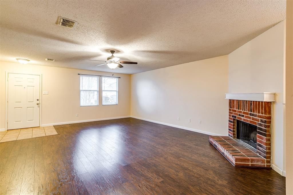 3848 Irish Setter Drive, Fort Worth, Texas 76123 - acquisto real estate best celina realtor logan lawrence best dressed realtor
