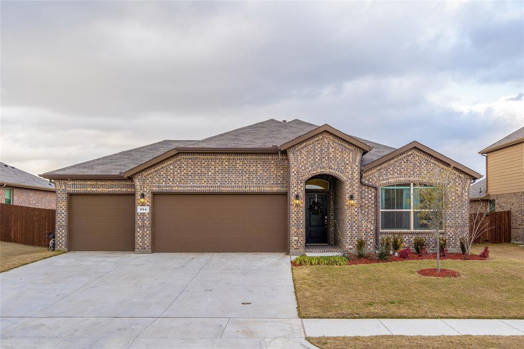 564 Camber Street, Saginaw, Texas 76131 - Acquisto Real Estate best plano realtor mike Shepherd home owners association expert