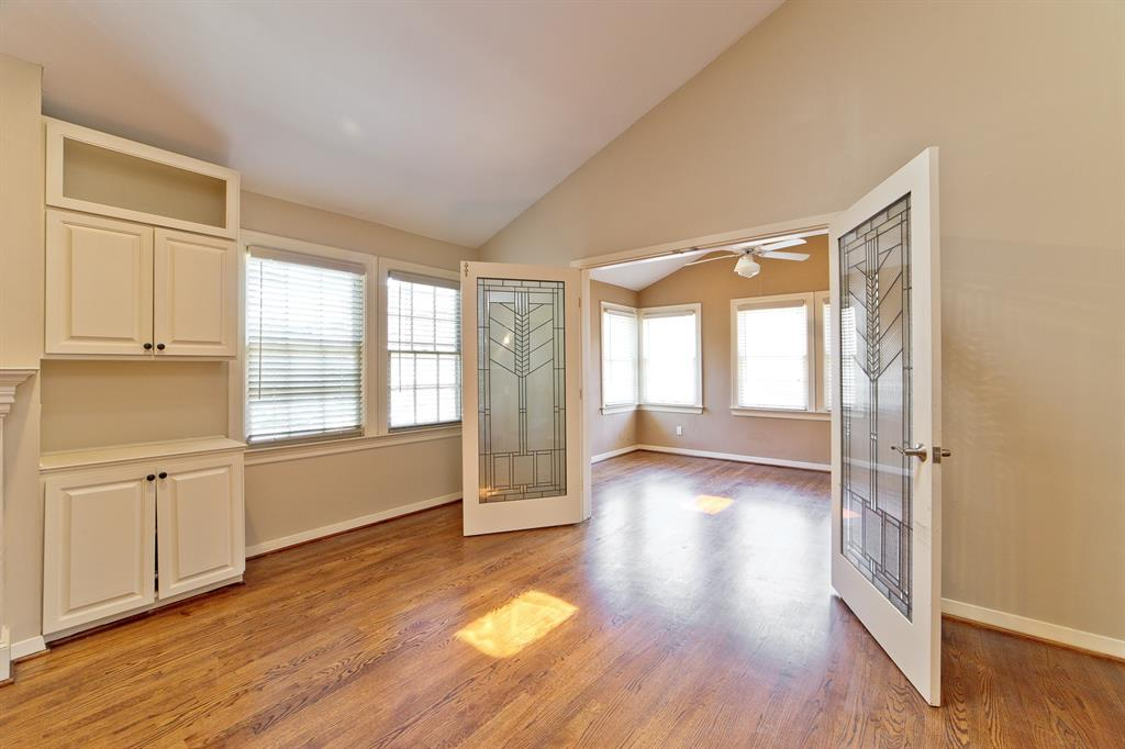 4124 Emerson Avenue, University Park, Texas 75205 - acquisto real estate best negotiating realtor linda miller declutter realtor