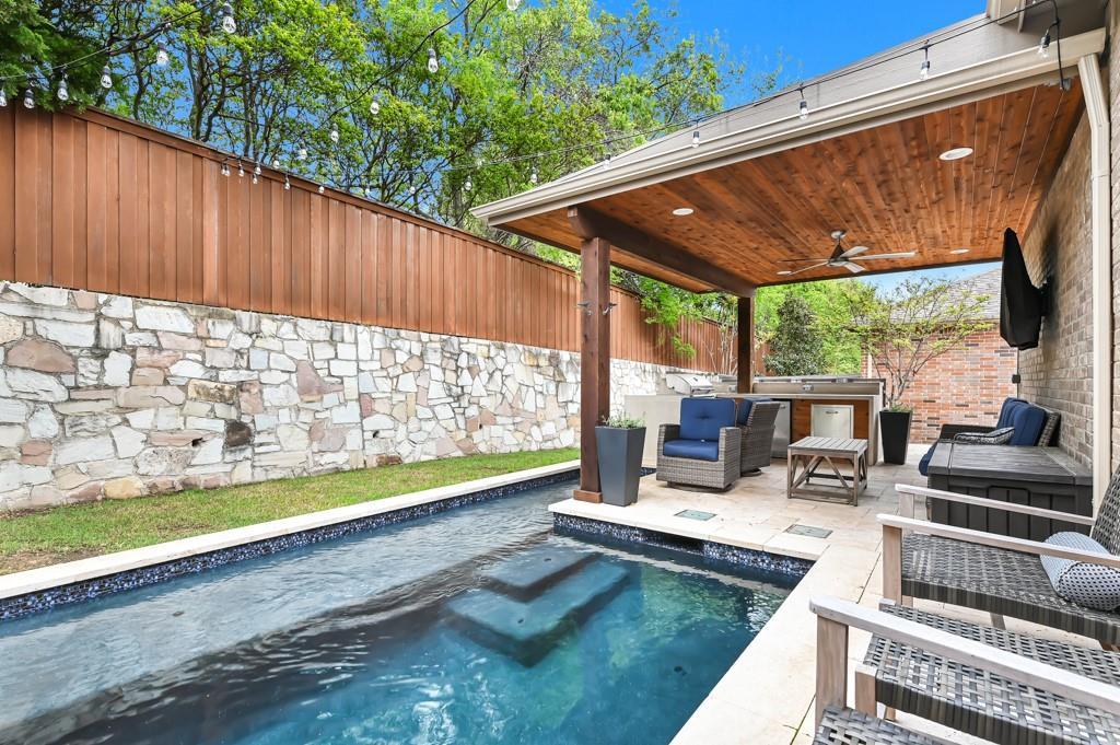 1404 Steepleview Lane, McKinney, Texas 75069 - acquisto real estate best realtor dfw jody daley liberty high school realtor