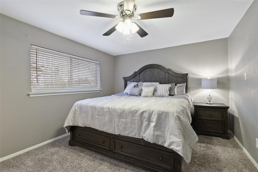 1413 Kingsbridge Drive, Garland, Texas 75044 - acquisto real estate best new home sales realtor linda miller executor real estate