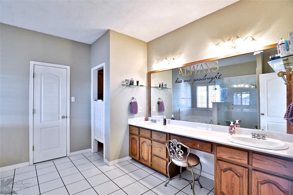 8541 Saddle Creek Road, Abilene, Texas 79602 - acquisto real estate best designer and realtor hannah ewing kind realtor