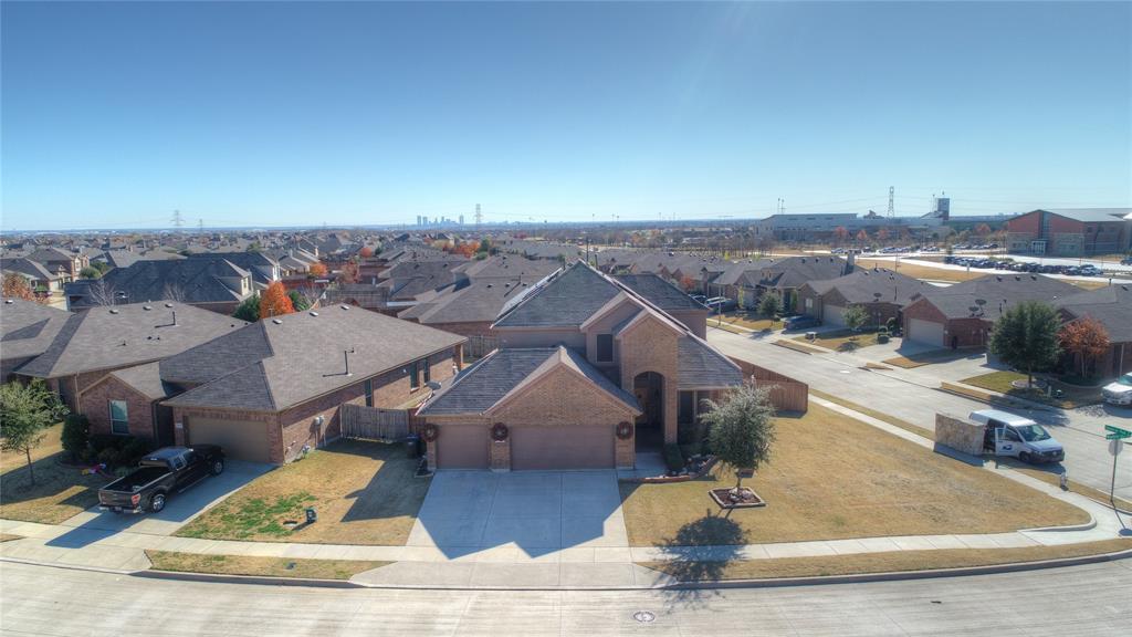 1325 Woodbine Cliff Drive, Fort Worth, Texas 76179 - acquisto real estate best allen realtor kim miller hunters creek expert