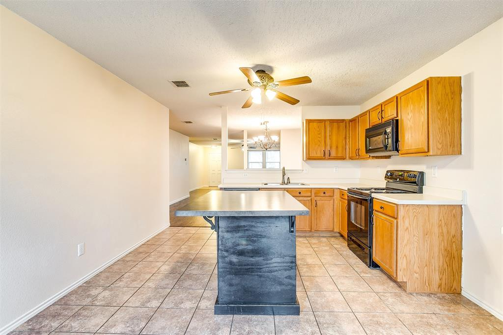 3848 Irish Setter Drive, Fort Worth, Texas 76123 - acquisto real estate best photos for luxury listings amy gasperini quick sale real estate