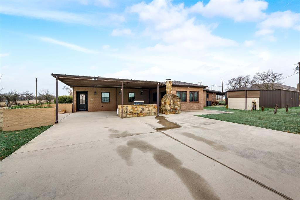 469 Pioneer Road, Rhome, Texas 76078 - acquisto real estate best frisco real estate broker in texas for high net worth buyers