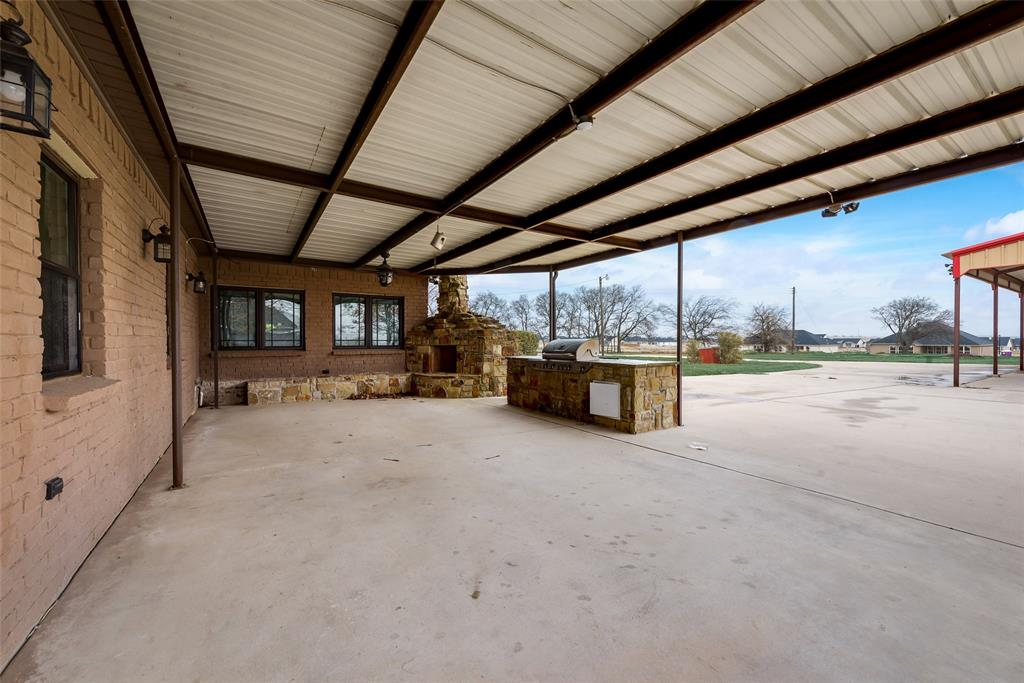 469 Pioneer Road, Rhome, Texas 76078 - acquisto real estate best investor home specialist mike shepherd relocation expert