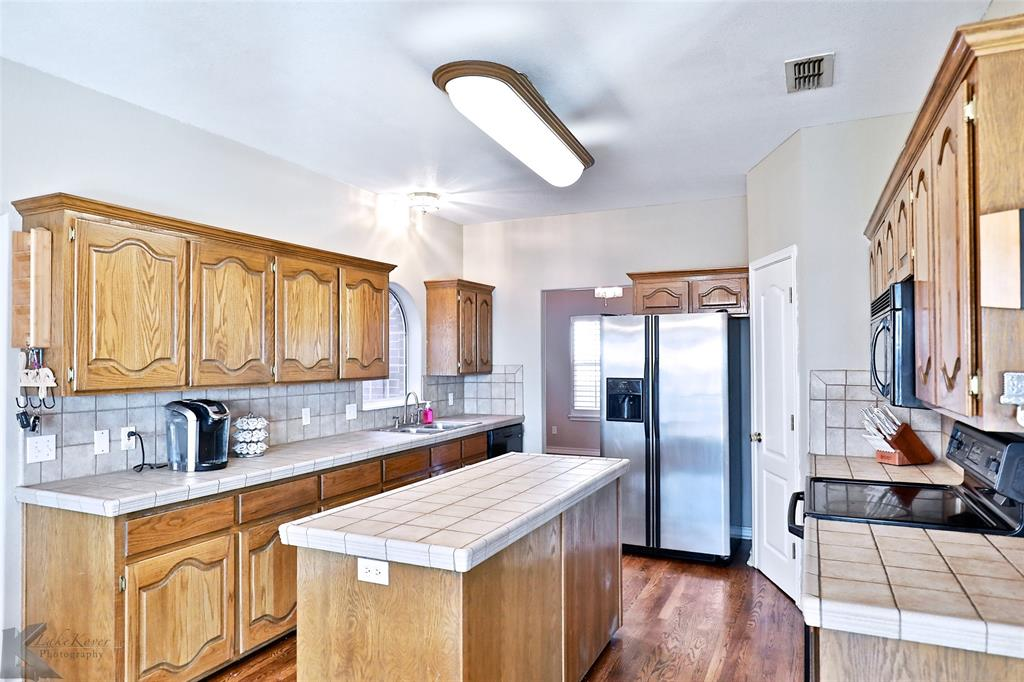 8541 Saddle Creek Road, Abilene, Texas 79602 - acquisto real estate best real estate company to work for