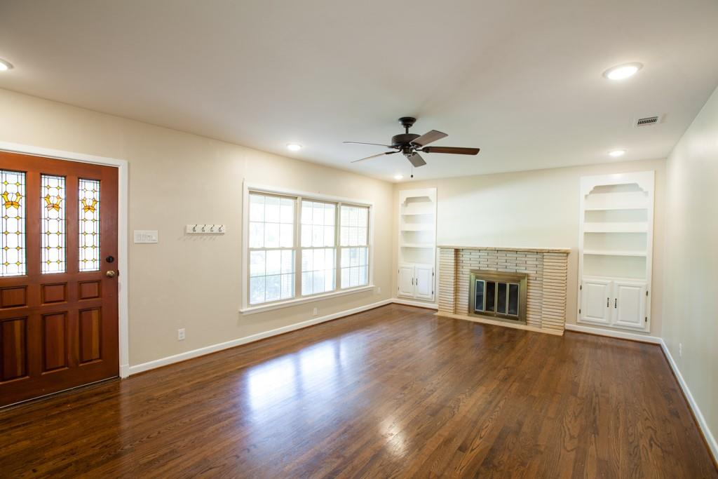 811 19th Street, Plano, Texas 75074 - acquisto real estate best real estate company to work for