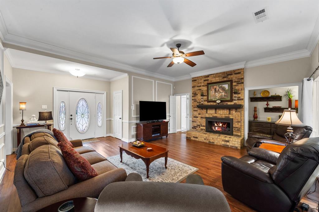 3901 Thornhill Way, Rowlett, Texas 75088 - acquisto real estate best prosper realtor susan cancemi windfarms realtor