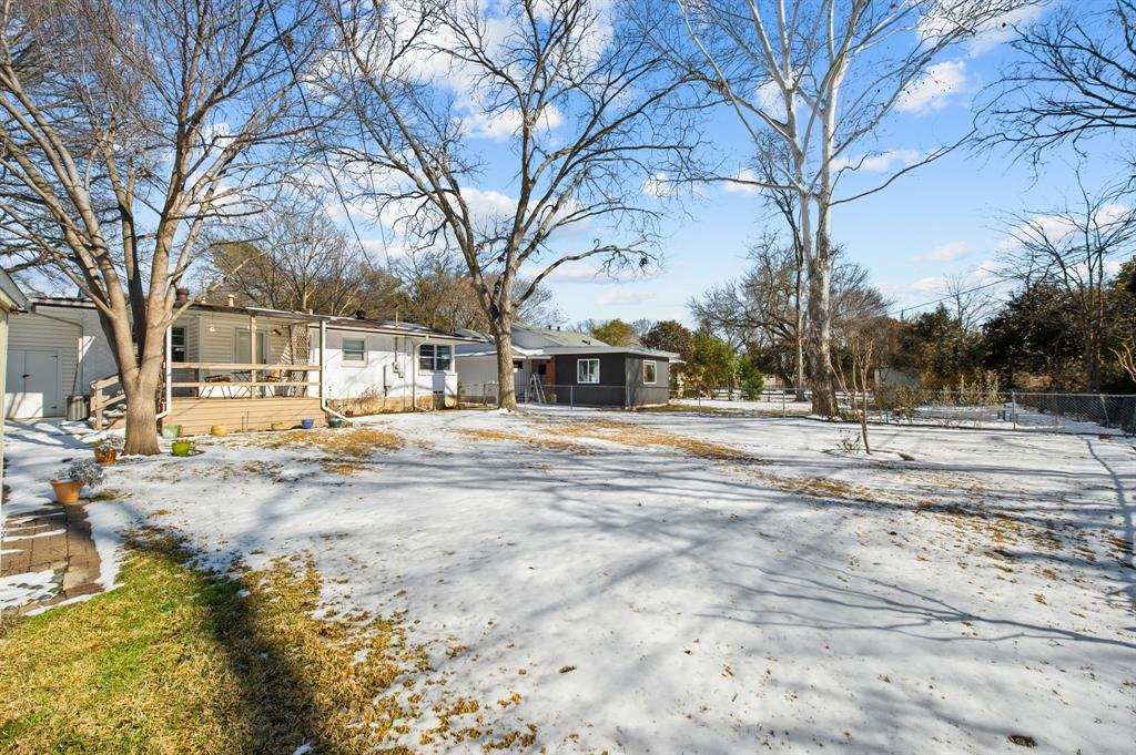 1824 Naylor Street, Dallas, Texas 75228 - acquisto real estate best realtor westlake susan cancemi kind realtor of the year