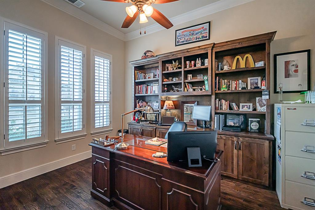 4375 Eastwoods Grapevine, Texas 76051 - acquisto real estate best park cities realtor kim miller best staging agent