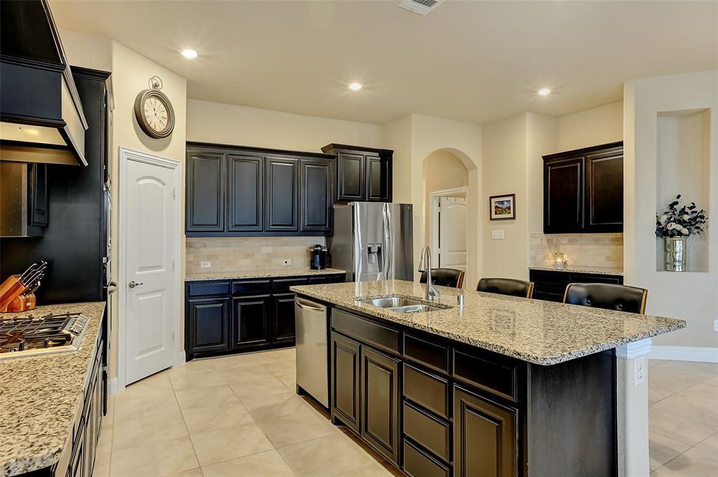 948 Bluebird Way, Celina, Texas 75009 - acquisto real estate best highland park realtor amy gasperini fast real estate service