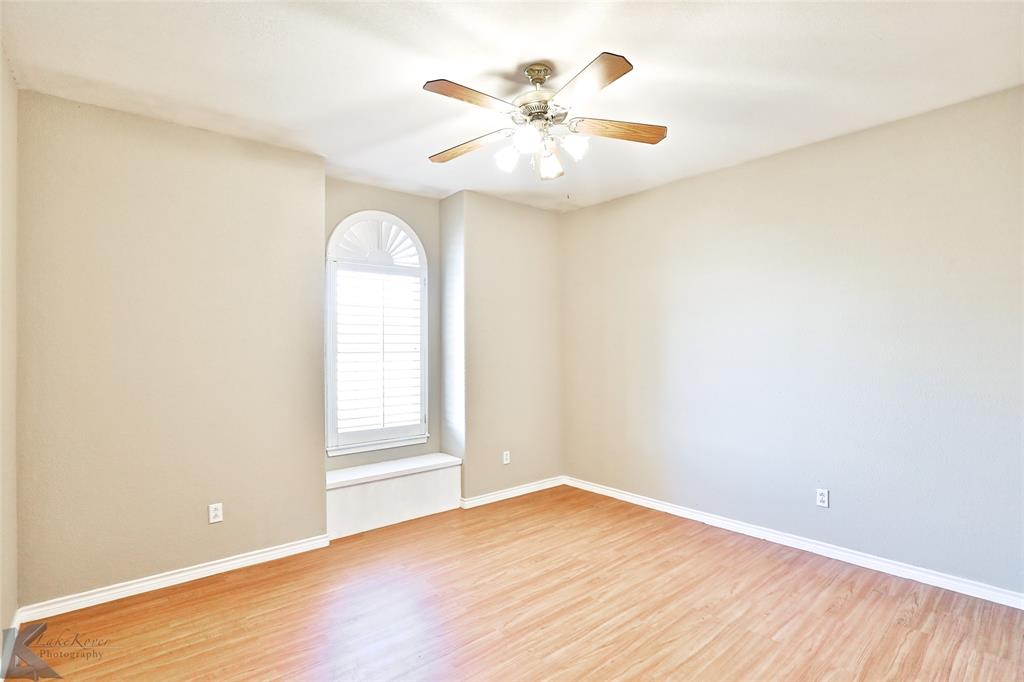 8541 Saddle Creek Road, Abilene, Texas 79602 - acquisto real estate best realtor dallas texas linda miller agent for cultural buyers