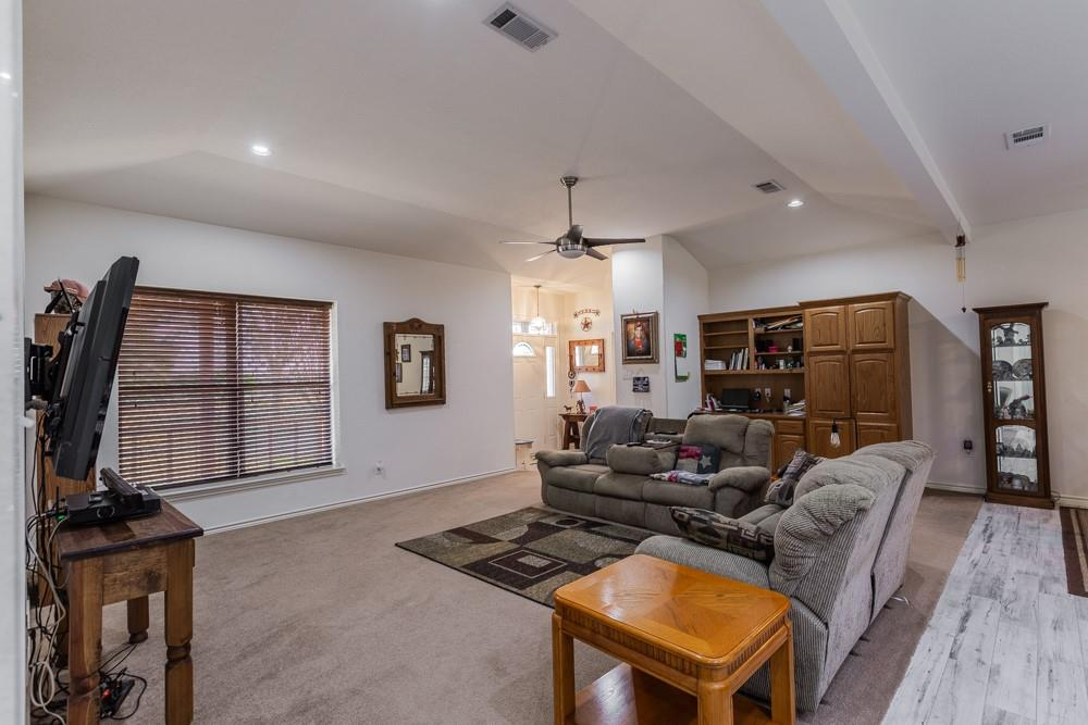 1060 Tumbleweed Drive, Waxahachie, Texas 75167 - acquisto real estate best frisco real estate broker in texas for high net worth buyers