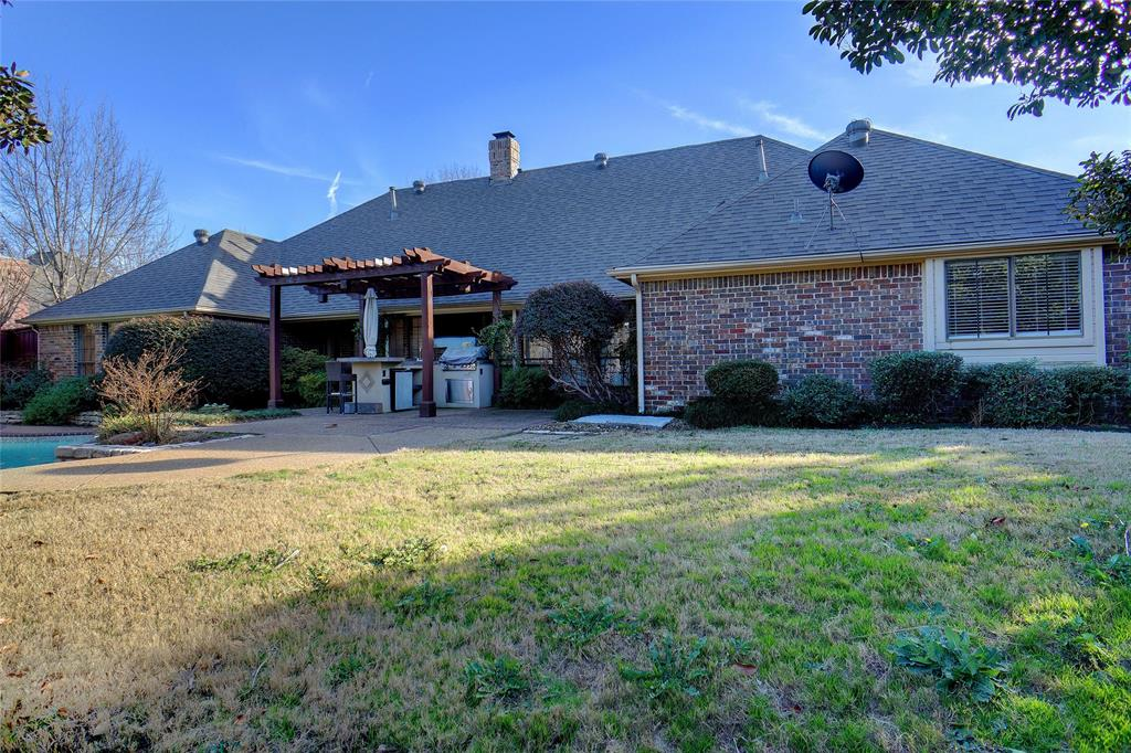 2400 Spruce Court, Colleyville, Texas 76034 - acquisto real estate best realtor dallas texas linda miller agent for cultural buyers
