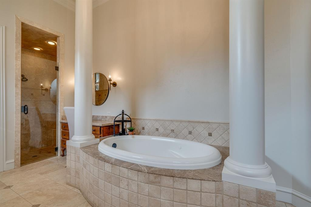 420 Chapel Downs Drive, Southlake, Texas 76092 - acquisto real estate best photos for luxury listings amy gasperini quick sale real estate