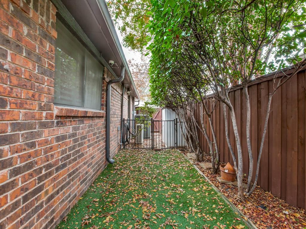 6720 Dupper Drive, Dallas, Texas 75252 - acquisto real estate best realtor foreclosure real estate mike shepeherd walnut grove realtor