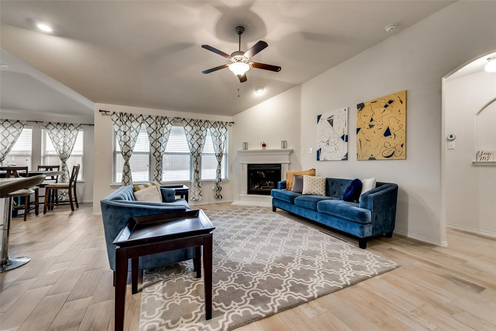 1979 Travertine Avenue, Heartland, Texas 75126 - acquisto real estate best flower mound realtor jody daley lake highalands agent of the year